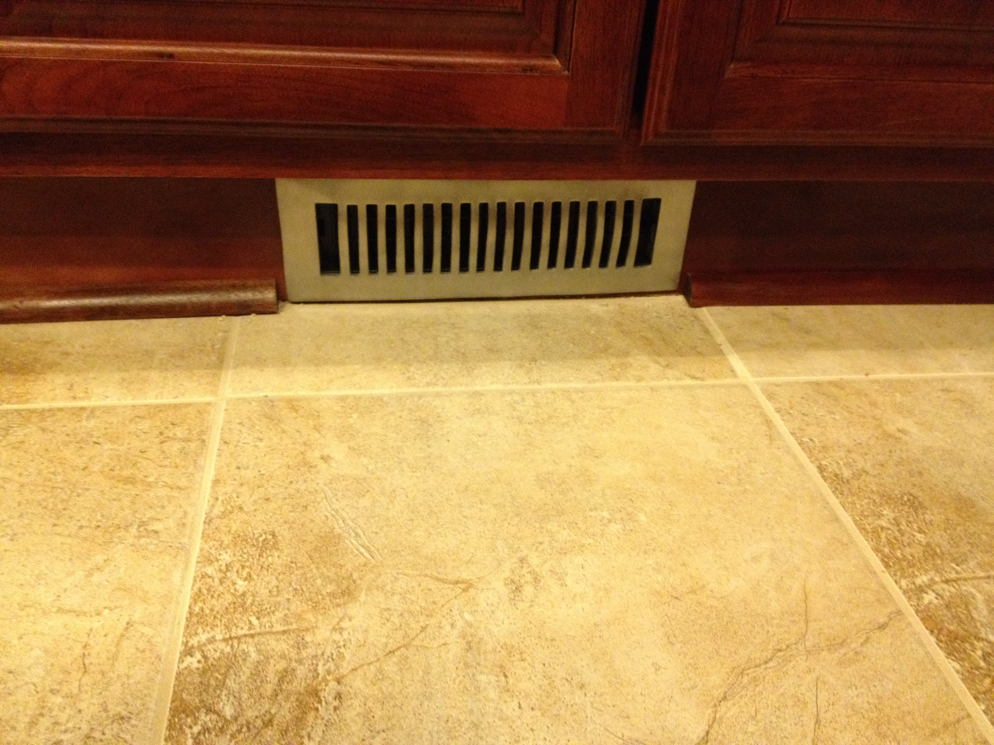 How to cut base molding around wall vent - Quarter Molding Around The Vent Nice Close Up Of The Tile Too